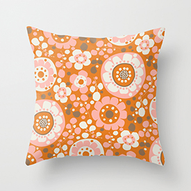 pattern_penny_retro_blommor_java_society6_throw_cushion_small